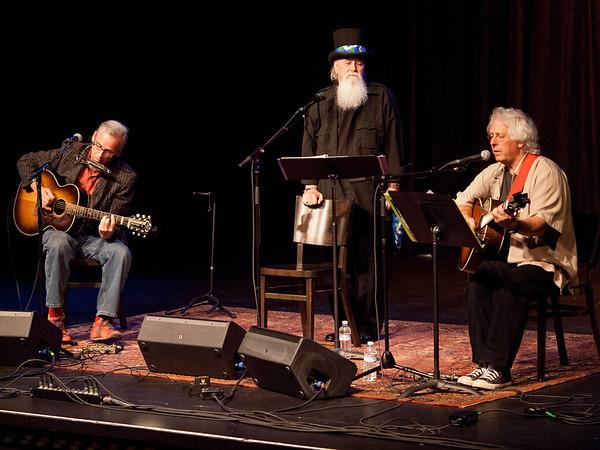 Peter Wilson, Moe Dixon & Mountain John – Troubadour Camp Live, April 21, 2012